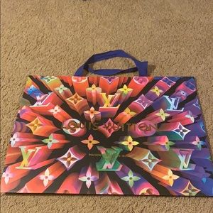 Louis Vuitton 2019 holiday shopping bag